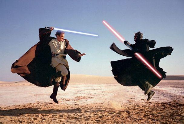 Star Wars: Επικοί οπαδοί κάνουν τέλεια αναπαράσταση μονομαχίας με φωτόσπαθο (VID)