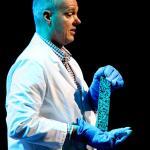 """Erik Schlangen: A """"self-healing"""" asphalt"""
