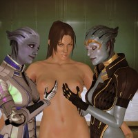 Christie Monteiro finds herself in a company of Two kinky asari damsels...