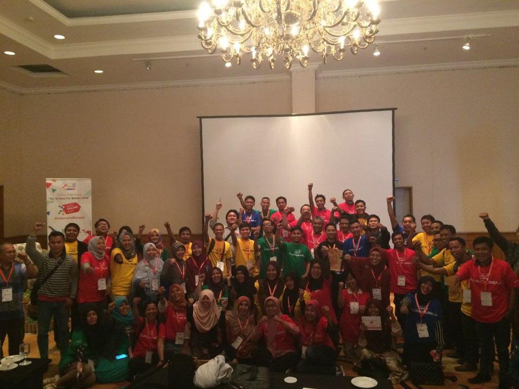 Melalui Program Edukasi #JualOnlineAja, MatahariMall.com Menyapa UMKM di Makassar