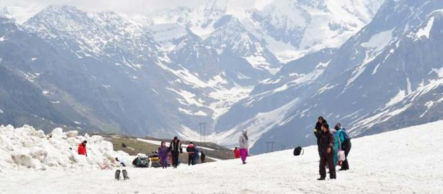 places_to_visit_in_india_rohtang_pass