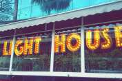 chicken in mumbai, best places to eat chicken in mumbai, mumbai food, south mumbai, india best places to eat chicken, light house cafe