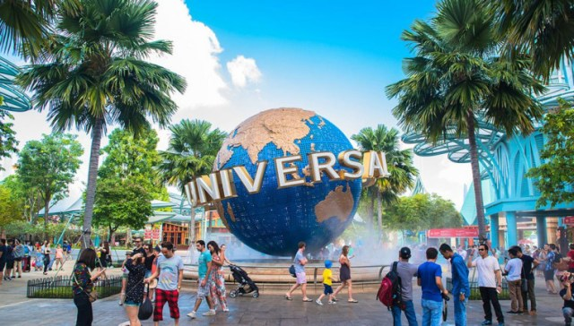 must visit places in singapore , universal studios, universal studios singapore.