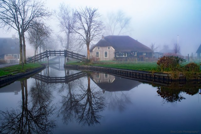 Giethoorn, Venice, Holland, North, picturesque, Netherlands, Dutch, Overijssel, village, De Wieden, Bohemian canals, 2600, serenity, water, docking, boats, highways, fairytale, nature, network, B&B, bridges, ice-skating, frosty, Europe, bucket list