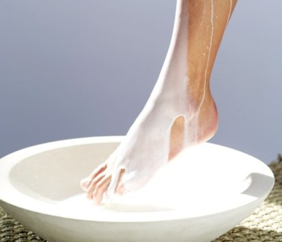 DIY-Milk-Foot-Spa-at-Home