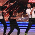 Akshat dancing with Maksim and Remo on Dhinka Chika song