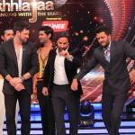 Team Humshakals with Maksim grooving on the stage