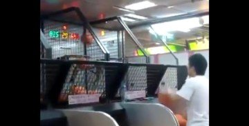 What This Kid Can Do At An Arcade Is Seriously Insane