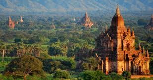 lokasi wisata terkenal lainnya di myanmar adalah bagan yang menjadi dikenal sebagai sebuah kawasan kuil mana dalamnya ada istana kuno dengan banyak
