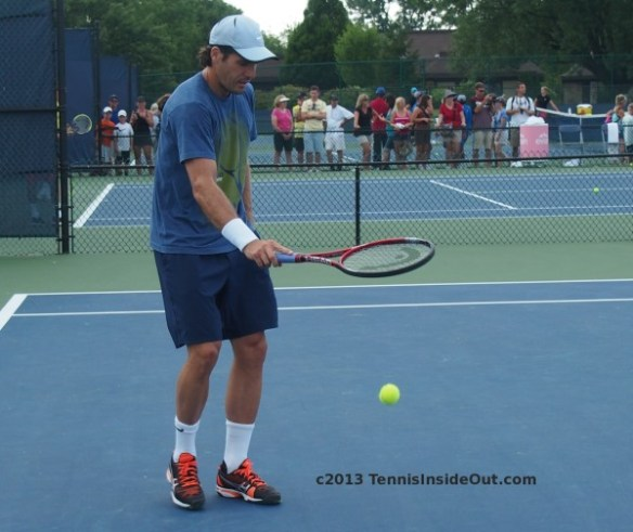 Tommy Haas Cincinnati Masters practice bouncing tennis ball