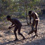 【Tsumkweで狩猟民族とハンティング】世界一歩くのが早い民族