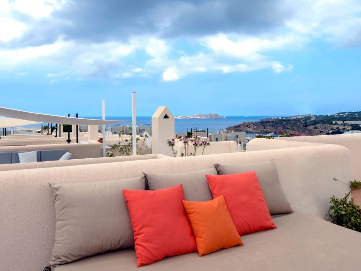 Coquette Townhouse in Cala Tarida Beach, rent in Ibiza