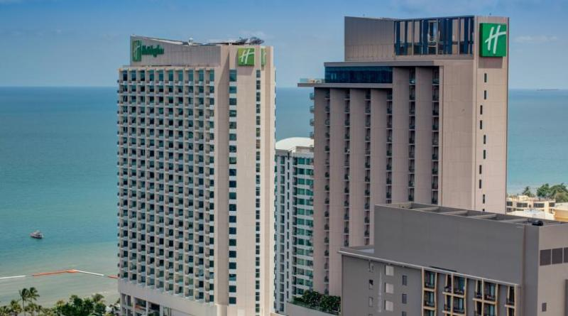 Holiday Inn Pattaya 4 звезды