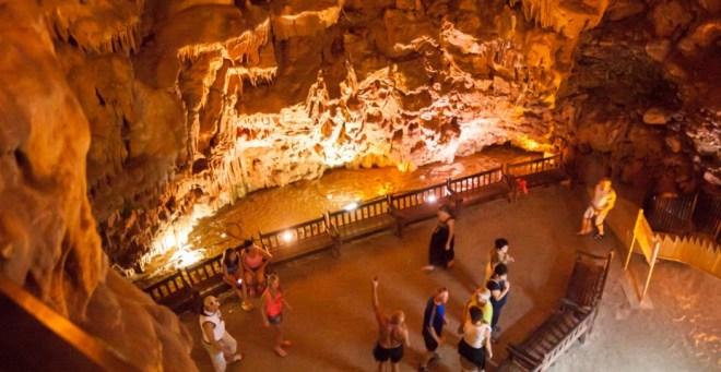 поездка к пещерам Дамлаташ