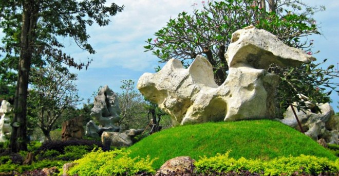Парк миллионлетних камней - сад камней