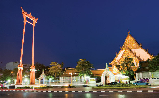Giant Swing - ThaiSims Best 4G Mobile Router Rental in Thailand Travel Bangkok One day trip