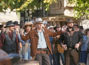 "BONES:  David Boreanaz in the first part of the two-hour ""The Cowboy in the Contest/The Doom in the Boom"" fall finale episode of BONES airing Thursday, Dec. 10 (8:00-10:00 PM ET/PT) on FOX.  ©2015 Fox Broadcasting Co.  Cr:  Jennifer Clasen/FOX"