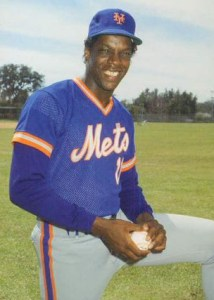 Dwight_Gooden_1986_by_Barry_Colla