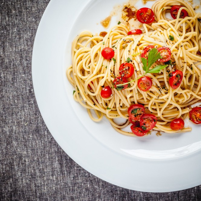 Spaghetti, Cherry Tomatoes, Olive Oil and Garlic