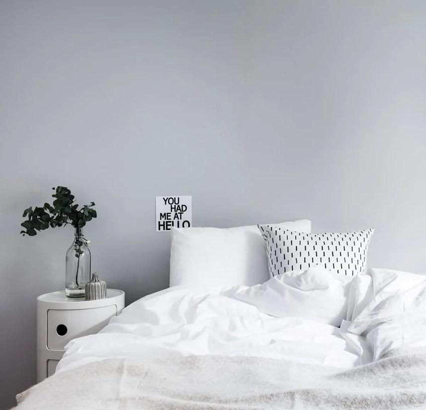 interior_styling_scandinavian_bedroom_soft