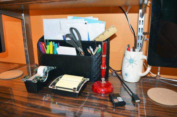 janet-desk-4