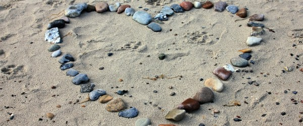 Pebbles at the beach for article 'imagine how this feels'