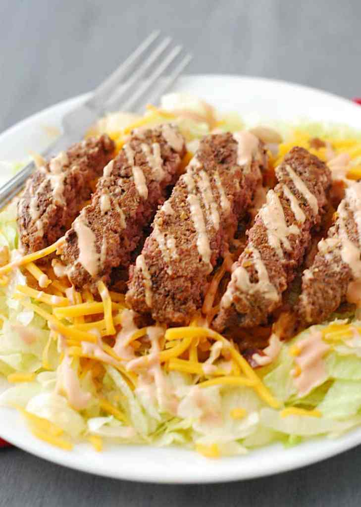 Cheeseburger Salad - simple, flexible and low carb friendly recipe using just a handful of simple ingredients.