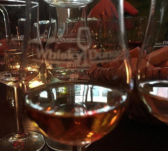 Heavy Hardcore Whisky Tasting beim Michel im Whisky Dungeon