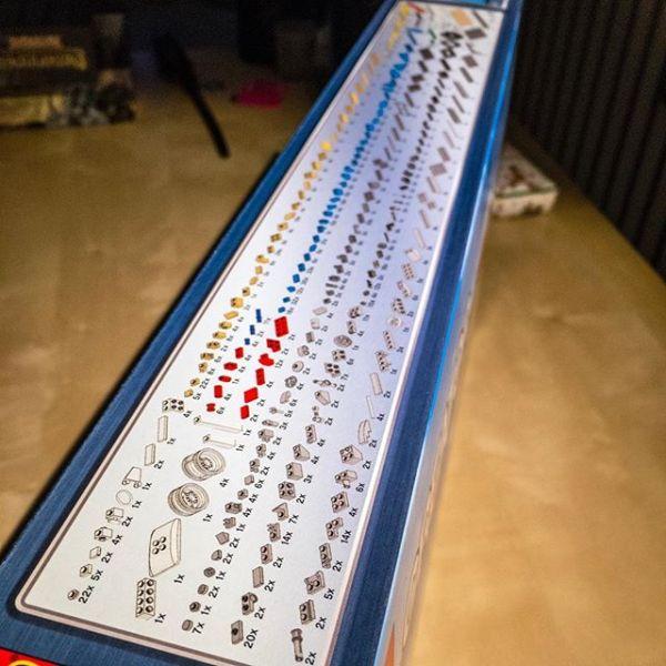Ein 1.167 Teile Puzzle für die Eine, ein schönes Model am Ende für den anderen.