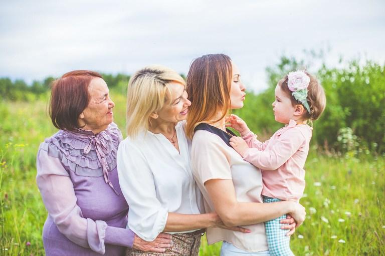 4 поколения: история женского счастья