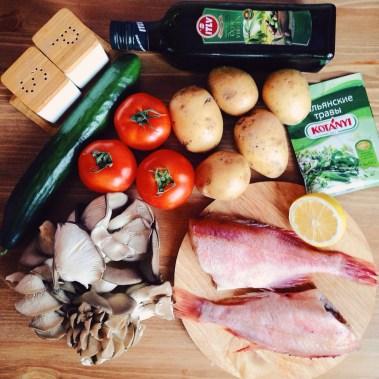 okun-s-kartofelem-i-svezhij-salat-2