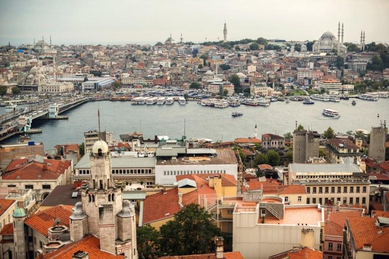 Между Европой и Азией: путешествие в Стамбул
