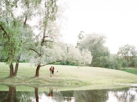 Мир детства: семейная фотосессия Ники, Сергея и Лизы