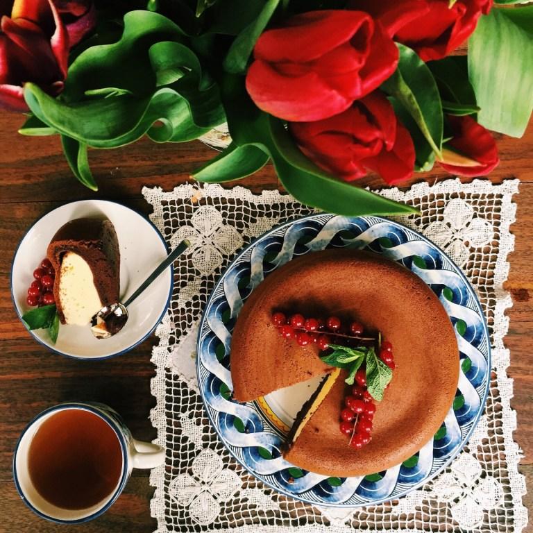 Рецепт шоколадного пирога с творожной начинкой