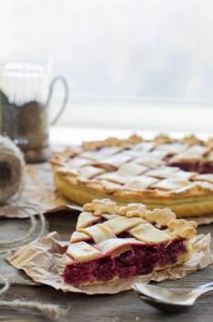 Рецепт вишневого пирога с миндальным франжипаном