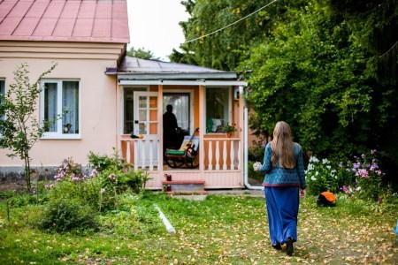 Деревенский уют: Анна и Сергей в ожидании Феди