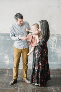 Первые шаги: семейная съемка Даши, Кирилла и Софьи