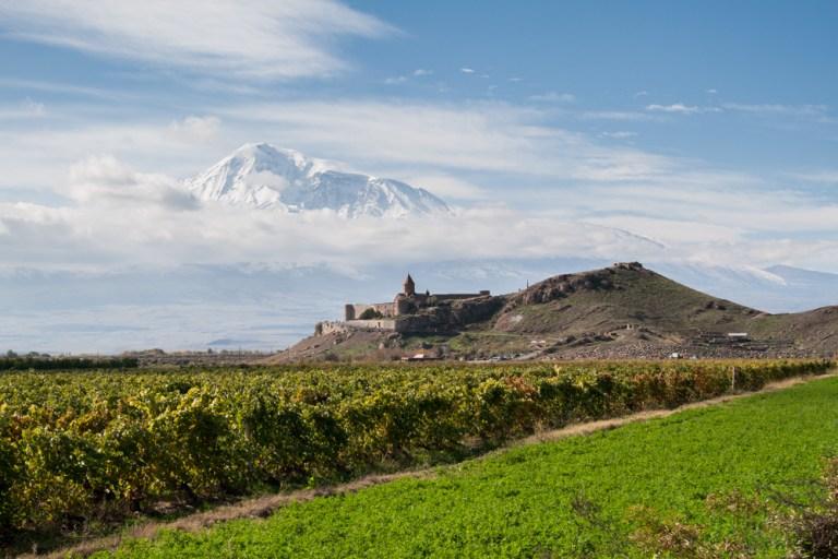 Фантастические виды: путешествие по Армении