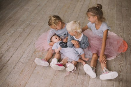 Небалетная съёмка с маленькими балеринами
