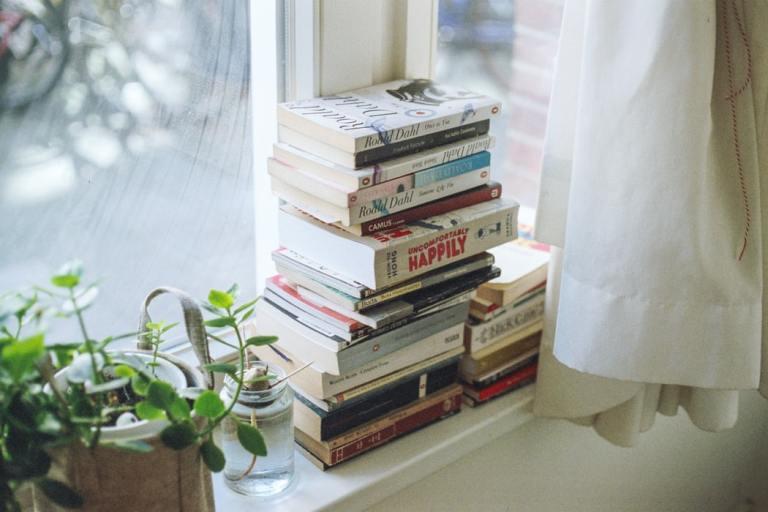 4 приема, которые помогут читать больше книг