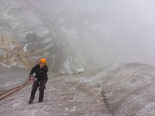 Ice Climbing the old glacier to Huayna Potosí