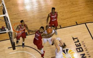 Ragin' Cajuns hold off resurgent Mountaineers, win 87-76