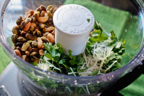 Parsley & Toasted Nuts Pesto Ingredients