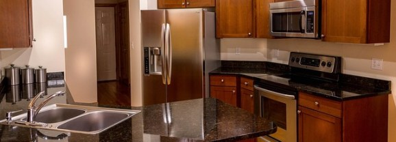 Tips for Painting Oak Cabinets