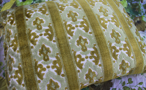 vintage-thrift-store-textile-pillow