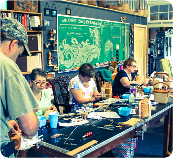 goddesses-basket-workshop-2-weave