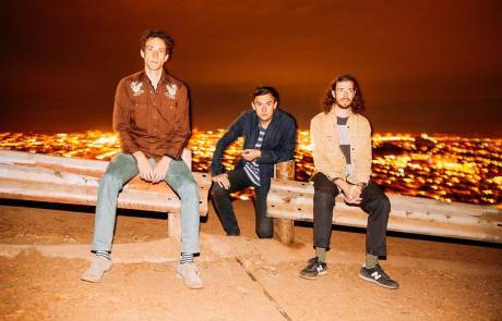Smokin' Ziggurats (mems. of Social Studies and Foli) release EP, announce first SF club show