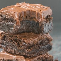 Healthy Flourless Fudge Brownies