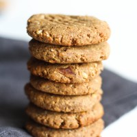4-Ingredient Peanut Butter Date Cookies