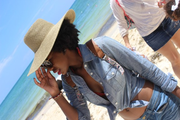 beach, vacation, cruise, beach hat, chambray, bathing suit, blogger travel,
